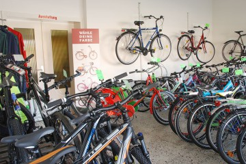 Trekking-Räder & Mountain-Bikes